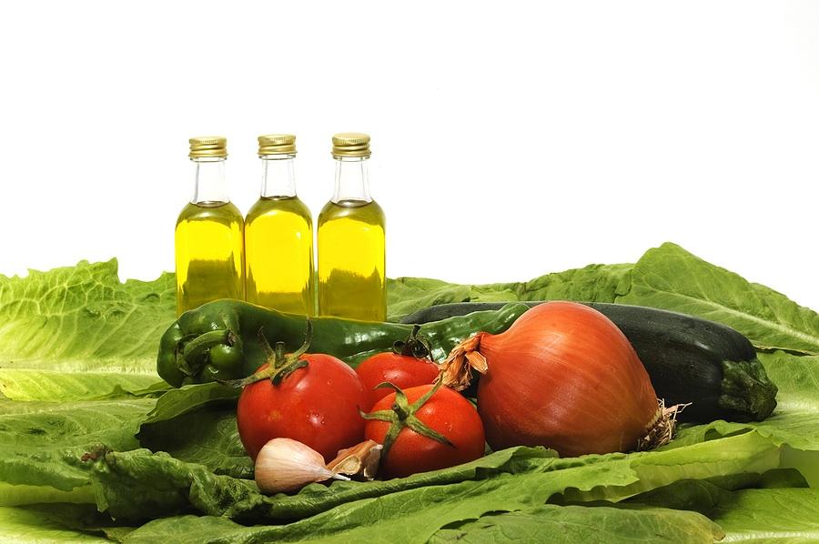 Kasviöljy, tomaatti, sipuli